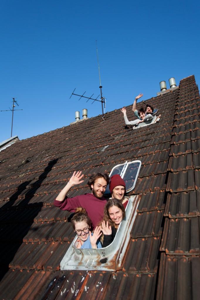 Sie wollen zusammen unter einem Dach wohnen bleiben, auch wenn es ungedämmt ist